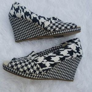 Tom's Wedges Heels Houndstooth 6 1/2 W 6.5W
